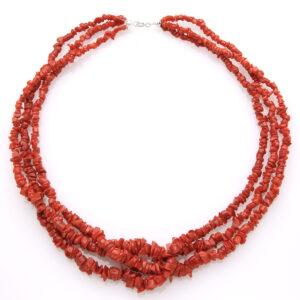 Collana torchon con 3 fili di tronchetti in corallo rosso del Mediterraneo