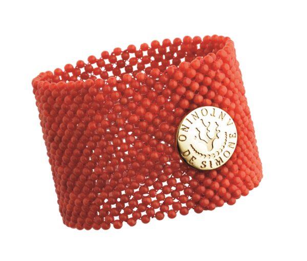 Bracciale tessito corallo rosso del Mediterraneo e bottone argento dorato