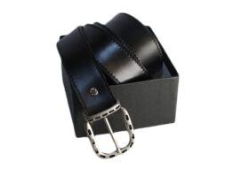 Cintura uomo nera con fibbia traforata
